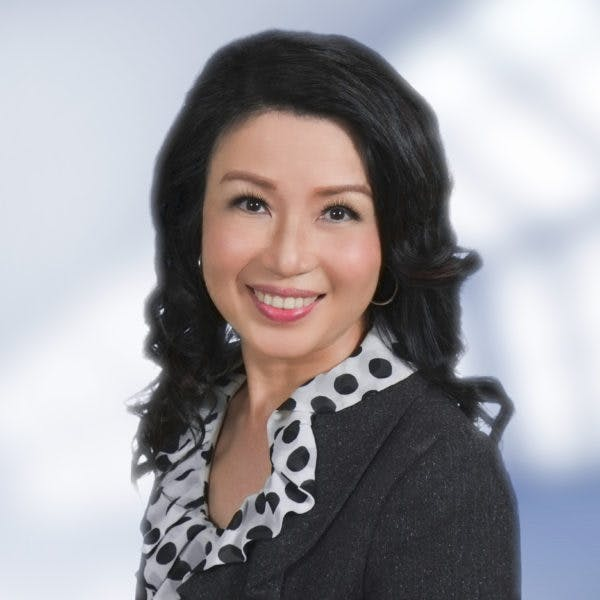 Eva Li 許李碧樺 - Your Trusted Real Estate Advisor