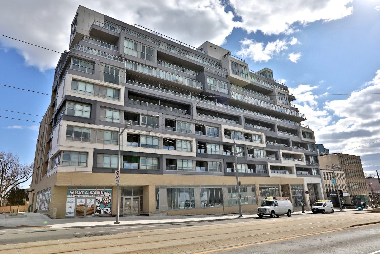 835 St Clair West exterior