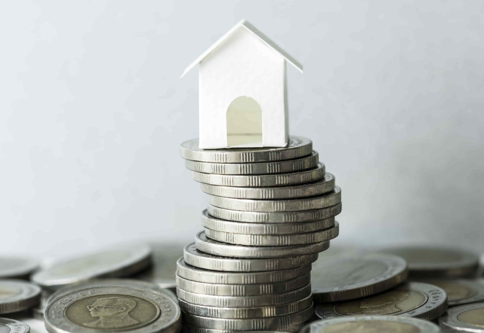 paying off mortgage or investing cash