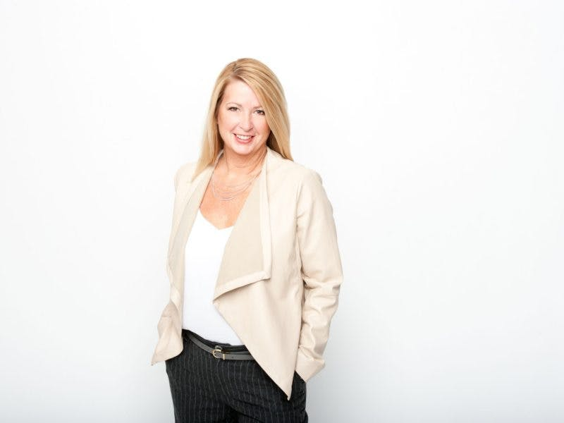Robyn Lau, Personal Real Estate Corp.