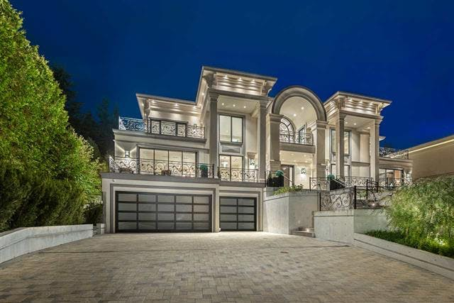 West Vancouver luxury real estate