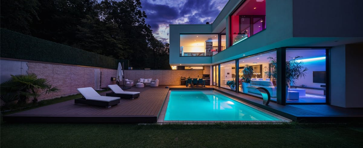 luxury real estate in West Vancouver
