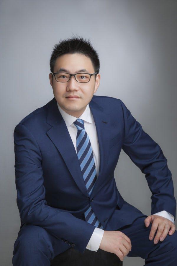 TONY YANG 楊光, PERSONAL REAL ESTATE CORPORATION
